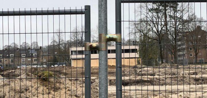Verbouwing Ketelhuis door het hek heen gezien